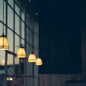 Comment adopter la lampe vintage dans sa déco d'intérieur